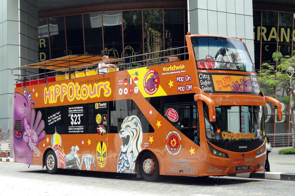 Hippo Tours bus