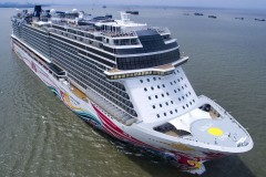 Norwegian Joy 01.jpg