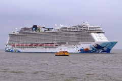 Norwegian Escape 01.jpg