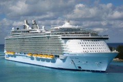 Oasis of the Seas 01.jpg