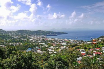 Круизный порт Kingstown, St. Vincent 01.jpg