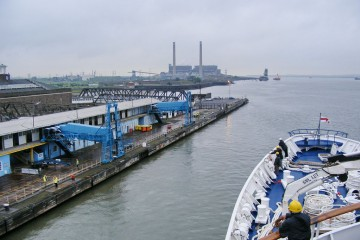 Круизный порт Tilbury (London) 03.jpg