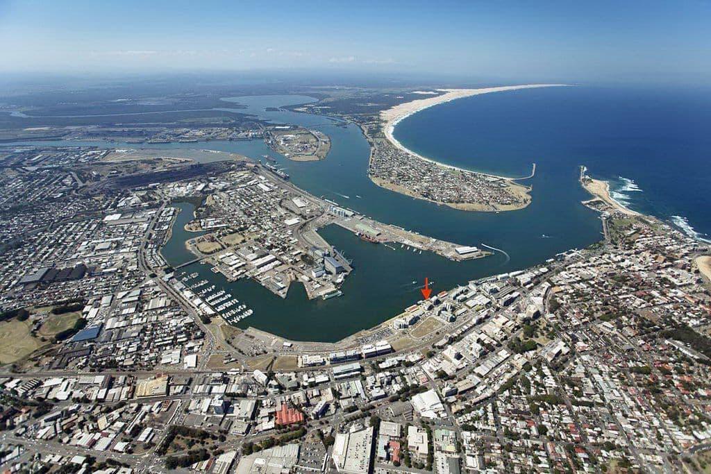 Австралийский порт ньюкасл