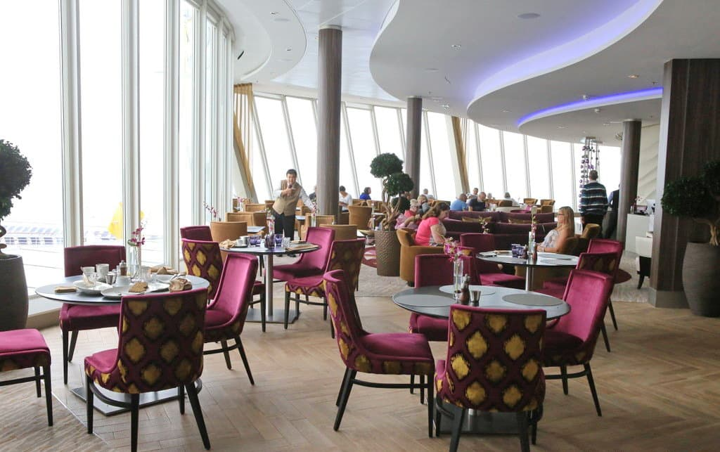 harmony-of-the-seas-suite-lounge