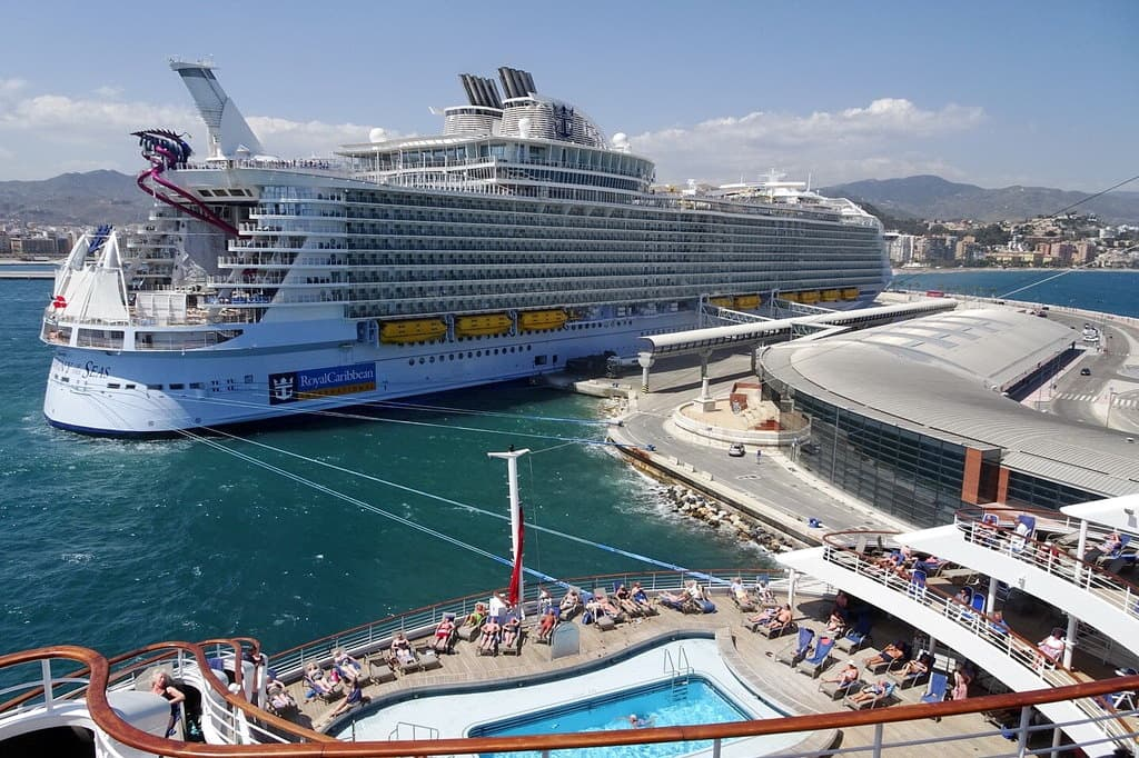 harmony-of-the-seas-malaga