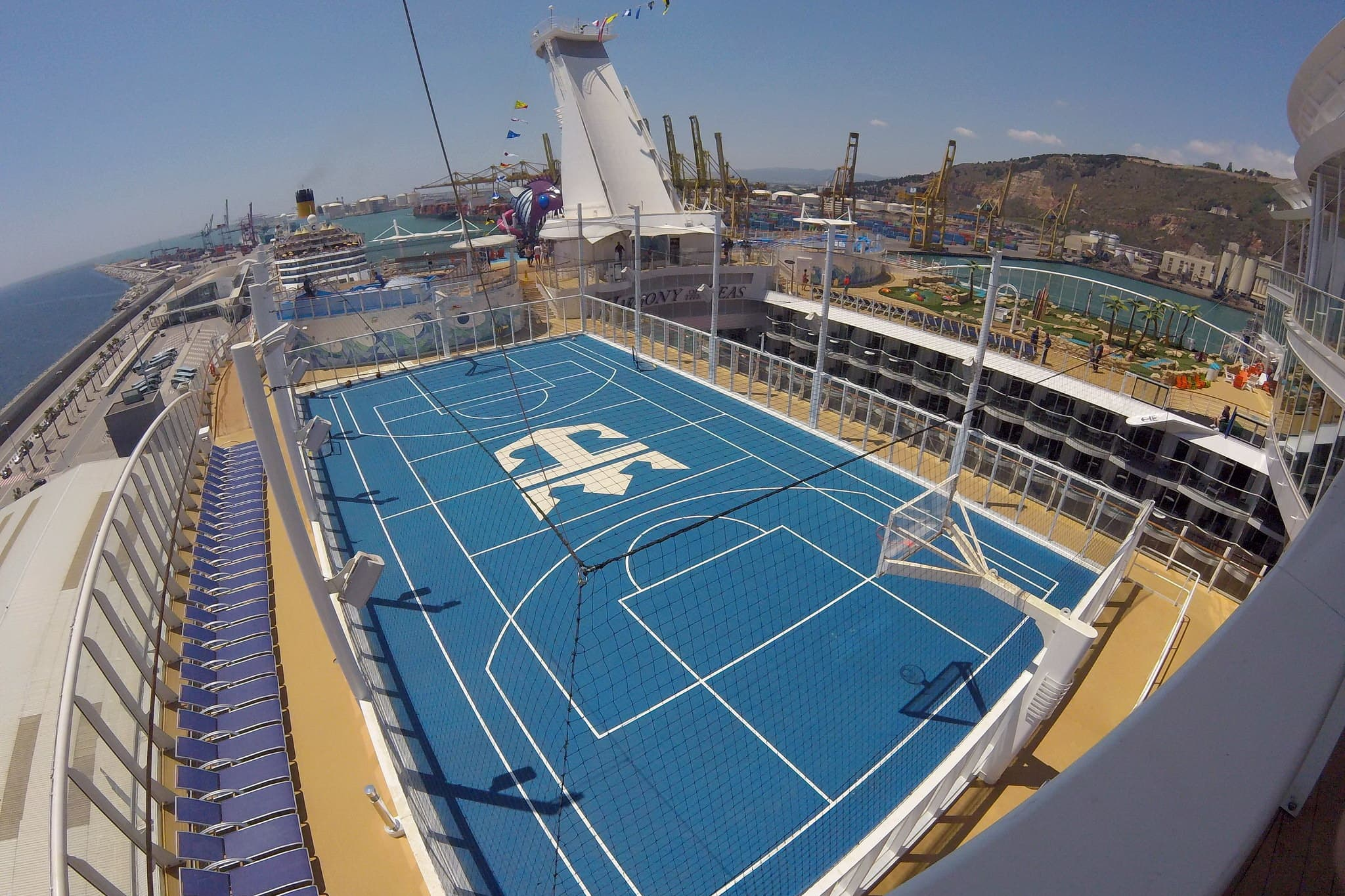 harmony-of-the-seas-sport-place
