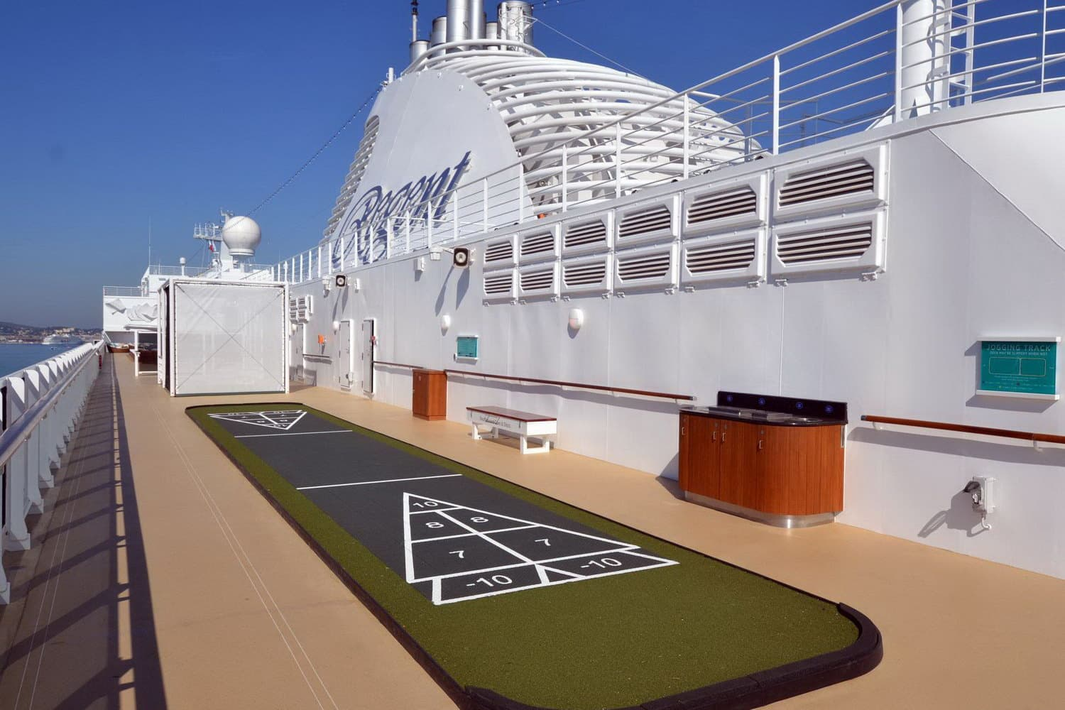 Seven Seas Explorer-bocce court